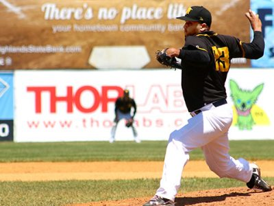Miners Pitcher Andres Santiago